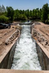 El agua fluye a través de la frontera entre Estados Unidos y México resultado de una cooperación histórica (Sonoran Institute)