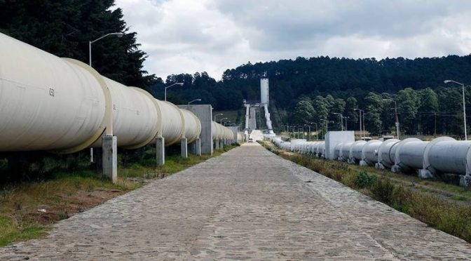 Entrega de agua en bloque del Sistema Cutzamala, similar a la de 2010 (El Sol de Toluca)