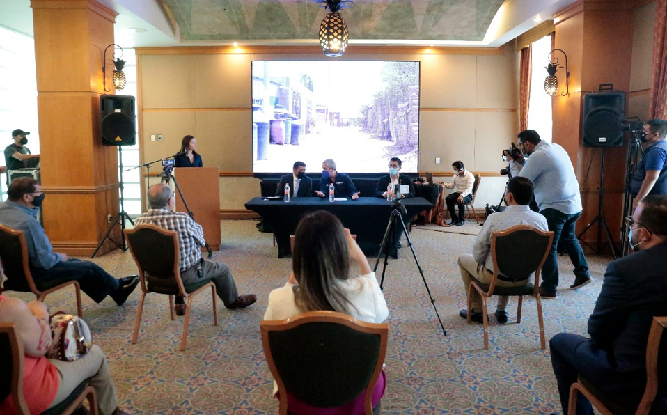 Coahuila- En Torreón, realizan foro Gobernanza del Agua y asiste uno de los tres invitados (Milenio)