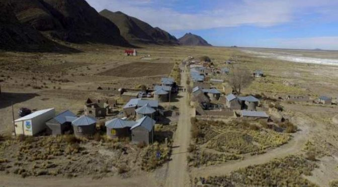 La 'Gente del Agua' de Bolivia intenta sobrevivir a la pérdida del lago (Imagen Radio)