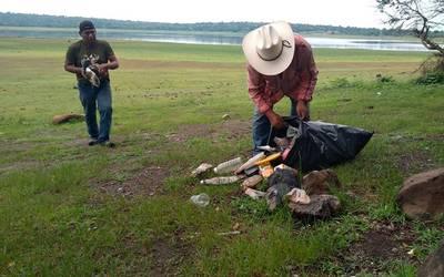 Pescadores realizan jornada de limpieza en las riberas (El Sol de Cuautla)