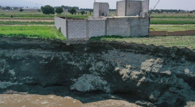 Puebla-¿Por qué se formó el mega socavón en Puebla?, expertos explican (televisa.NEWS)