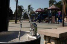 E. U. – Sustancias químicas perennes: California da a conocer metas de salubridad para el agua potable contaminada (Cal Matters)