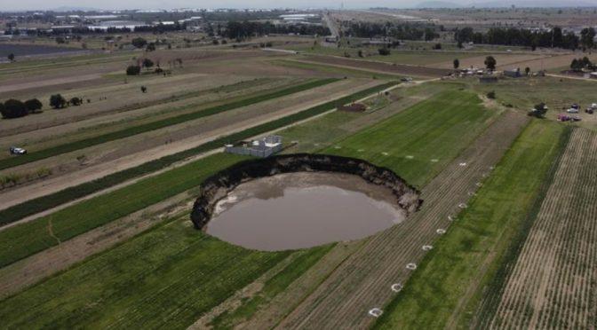 Puebla-En la zona del socavón se sacan 2 millones de metros cúbicos de agua al año (Sin Embargo)
