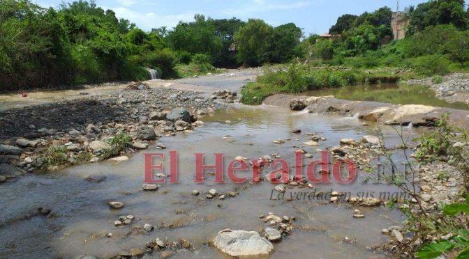 Honduras – Denuncian derrame de aguas residuales sobre río en Comayagua (El Heraldo)