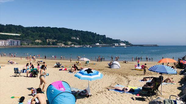 España – El baño vuelve a ser libre en la playa de Hondarribia (Eitb.eus)