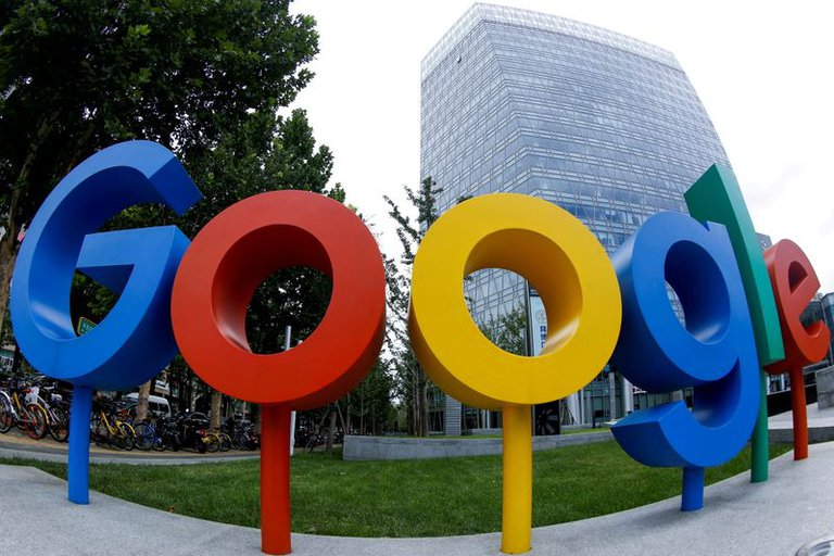 Mundo – Para 2030 Google repondrá el 120 % del agua que consume (Infobae)