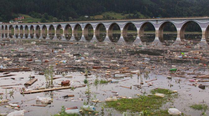 Europa – La contaminación de los lagos refleja la actividad humana cercana (El Ágora Diario)
